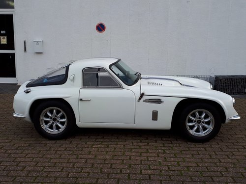 Lovely example of TVR Griffith 400 from 1965 For Sale (picture 3 of 6)