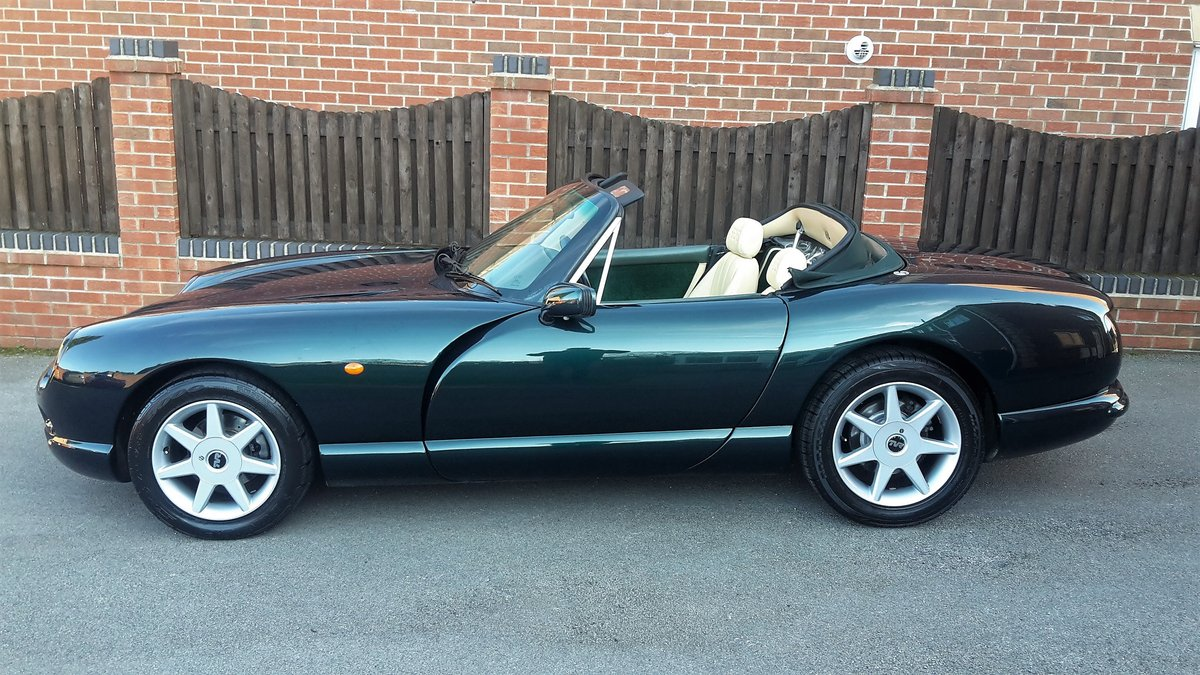 GORGEOUS 1999 TVR CHIMAERA 4.5 V8 / PX For Sale (picture 1 of 6)