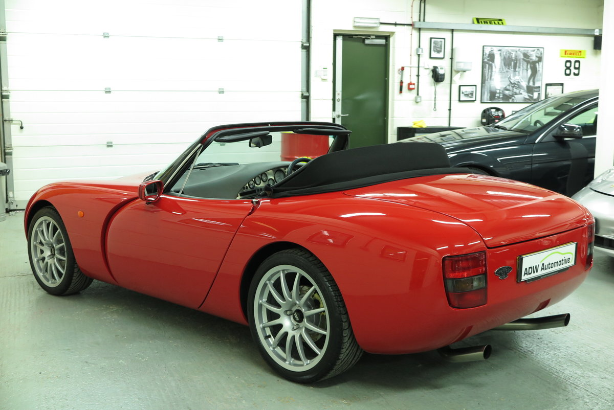 1994 L - TVR Griffith 500 Convertible - Monza Red For Sale (picture 2 of 6)