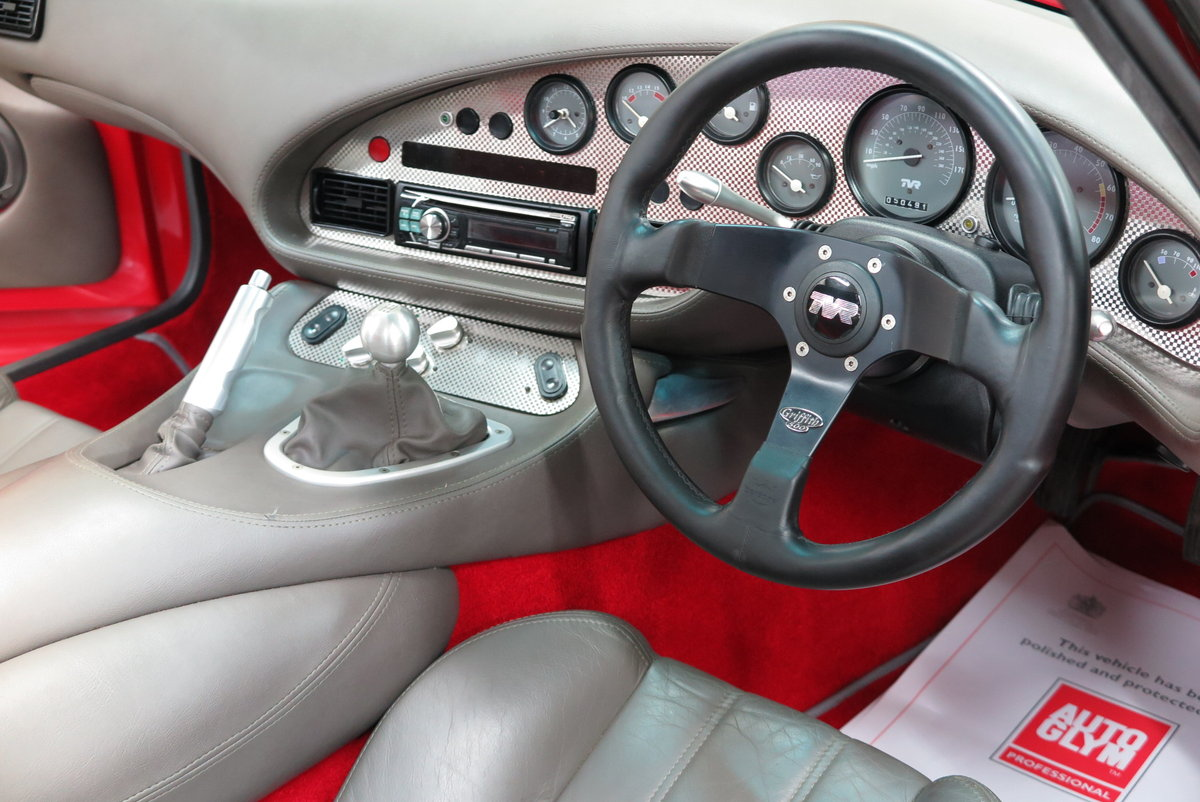 1994 L - TVR Griffith 500 Convertible - Monza Red For Sale (picture 3 of 6)