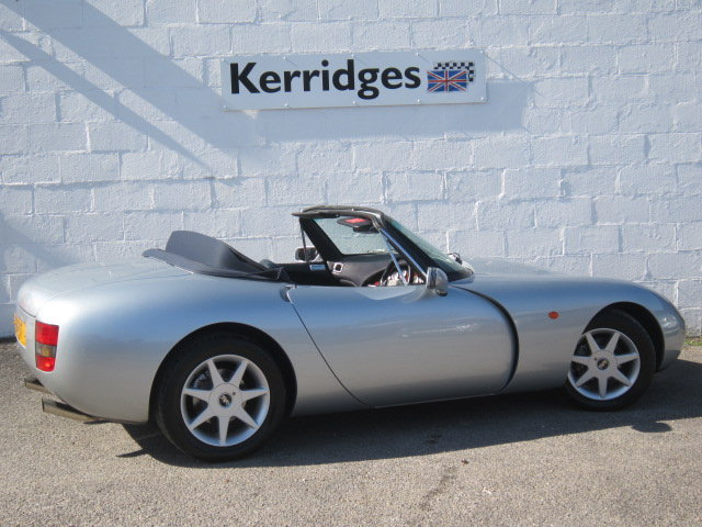 1999 (S) TVR Griffith 500 in Arctic Silver For Sale (picture 2 of 6)
