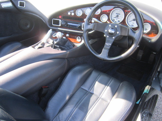 1999 (S) TVR Griffith 500 in Arctic Silver For Sale (picture 3 of 6)