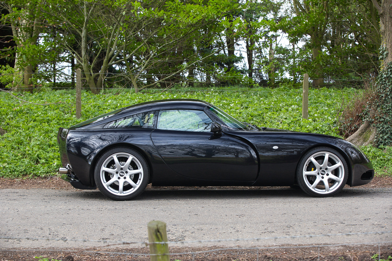2006 TVR T350C WITH ONLY 8,104 MILES & FSH (11 STAMPS) For Sale (picture 3 of 6)