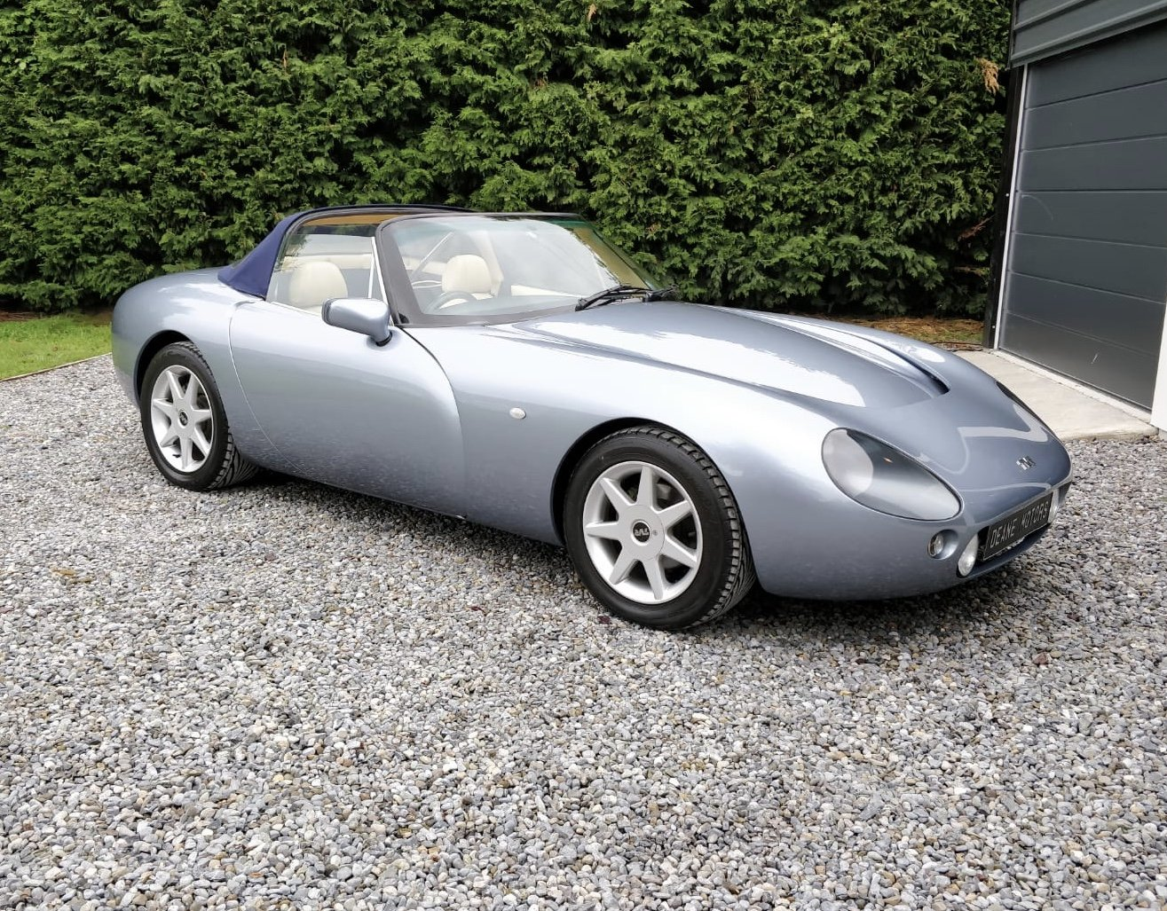 1997 Flawless 18,000 Mile TVR Griffith 500 For Sale (picture 1 of 6)