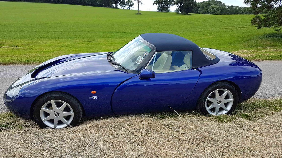 Sold-Only 2 owners from new! TVR Griffith 5.0L 1999 SOLD (picture 4 of 6)