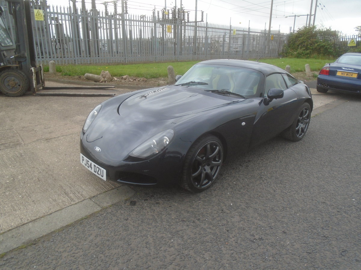2004 TVR T350C ROLL ROYCE BLACK SAPPHIRE WITH BLUE AND CREAM For Sale (picture 2 of 6)