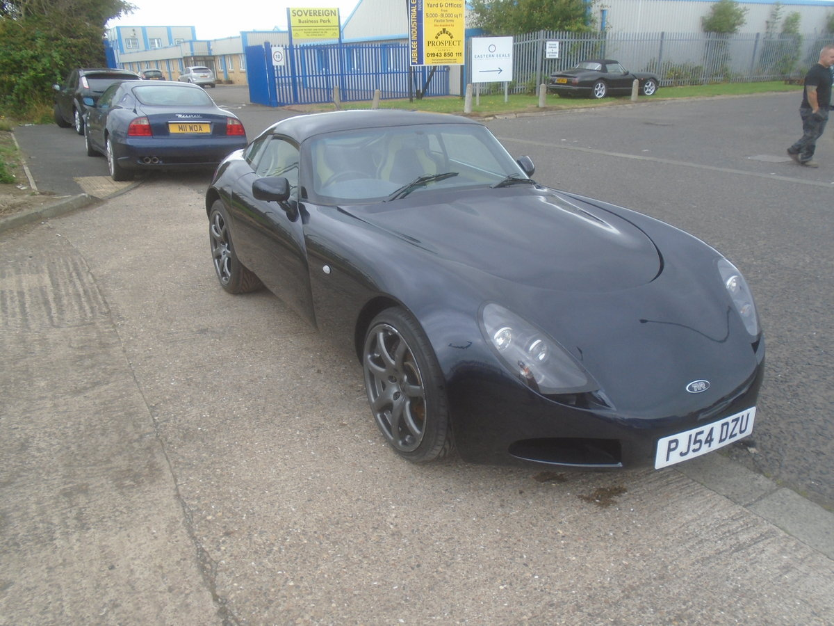 2004 TVR T350C ROLL ROYCE BLACK SAPPHIRE WITH BLUE AND CREAM For Sale (picture 4 of 6)
