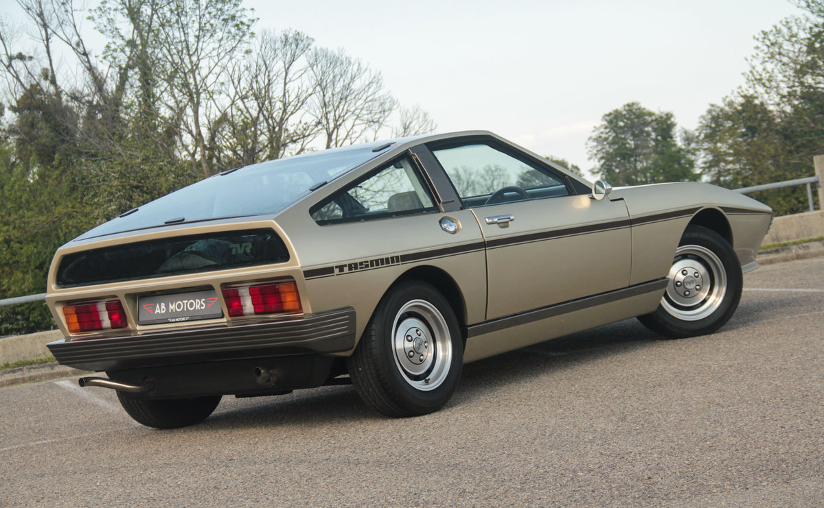 RARE stunning 1981 TVR Tasmin 280i 2-seater Auto For Sale (picture 2 of 6)