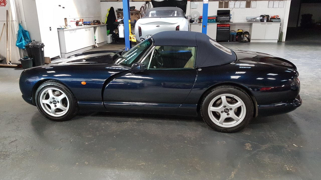 1996 4.0 litre TVR Chimaera Metallic Midnight Blue Magnolia  For Sale (picture 1 of 6)