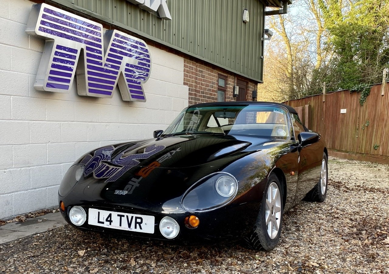 "1993 – TVR GRIFFITH 500 – ""MISSION POSSIBLE"" SOLD (picture 2 of 6)"
