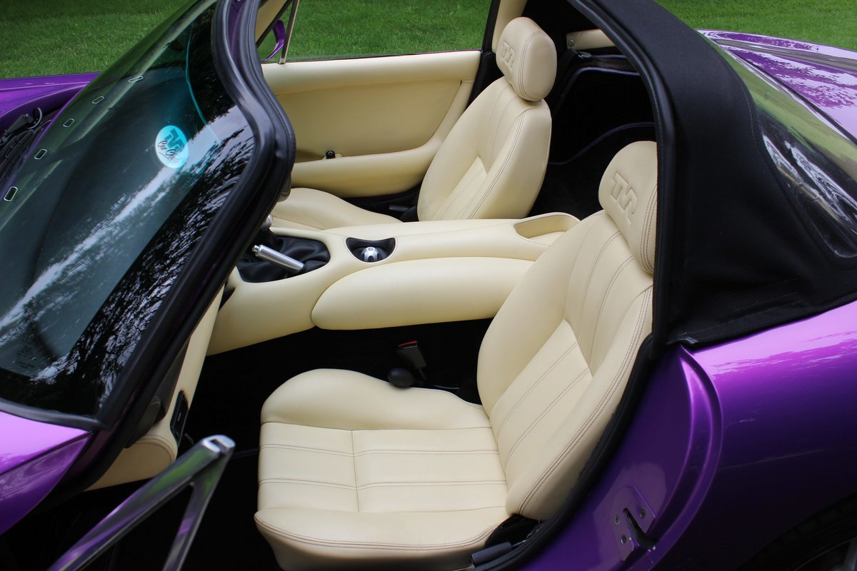 1999 TVR Chimaera 500 - Paradise for someone.... Due back in SOLD (picture 5 of 6)