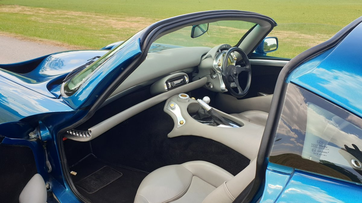 2000 Head Turning - TVR Tuscan Mk1 4.0 in Halcyon Atlantis SOLD (picture 5 of 6)