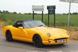 TVR Chimaera 500, 5.0L V8, 1997.  Stunning example in yellow