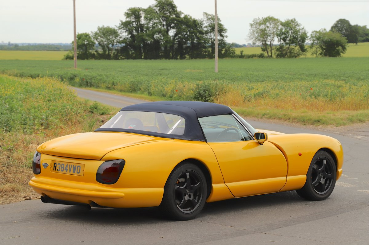 TVR Chimaera 500, 5.0L V8, 1997. Stunning example in yellow For Sale (picture 3 of 6)