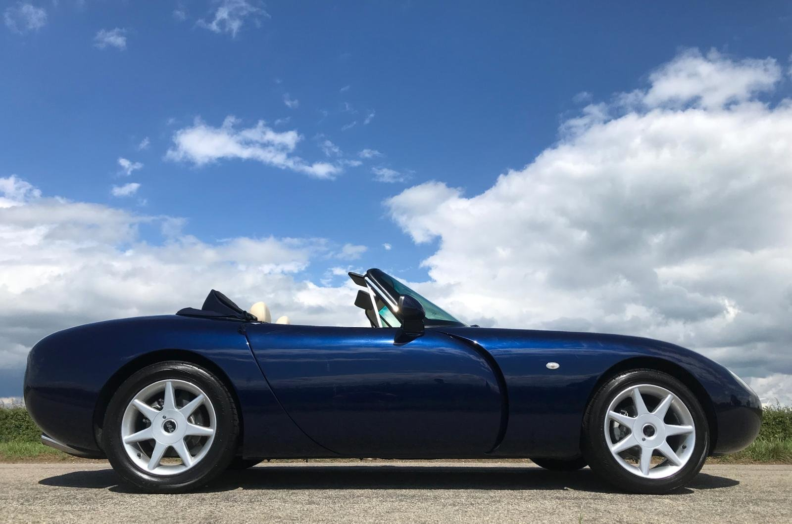 2002 Last of the TVR Titans  - impeccable  SOLD (picture 5 of 6)