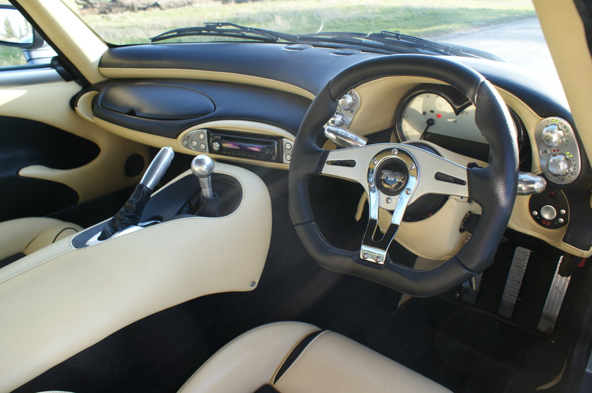 2005 TVR Sagaris in Grigio Titanio with AC. 2 prev. owner. 34k Mi For Sale (picture 5 of 6)