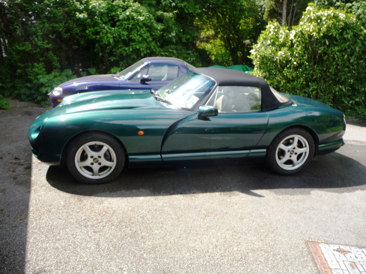 1997 Low mileage, TVR Chimaera, in a classic colour com SOLD (picture 2 of 6)