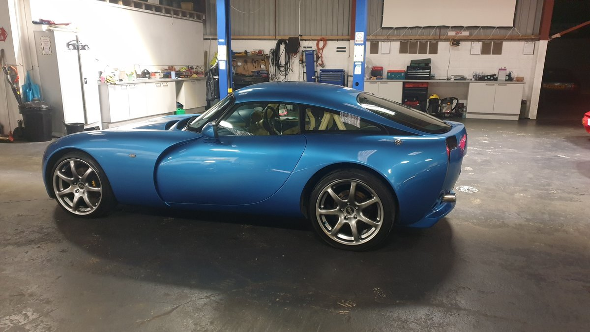 2004 Stunning TVR T350 3.6 Laser Blue only 32k miles For Sale (picture 3 of 10)
