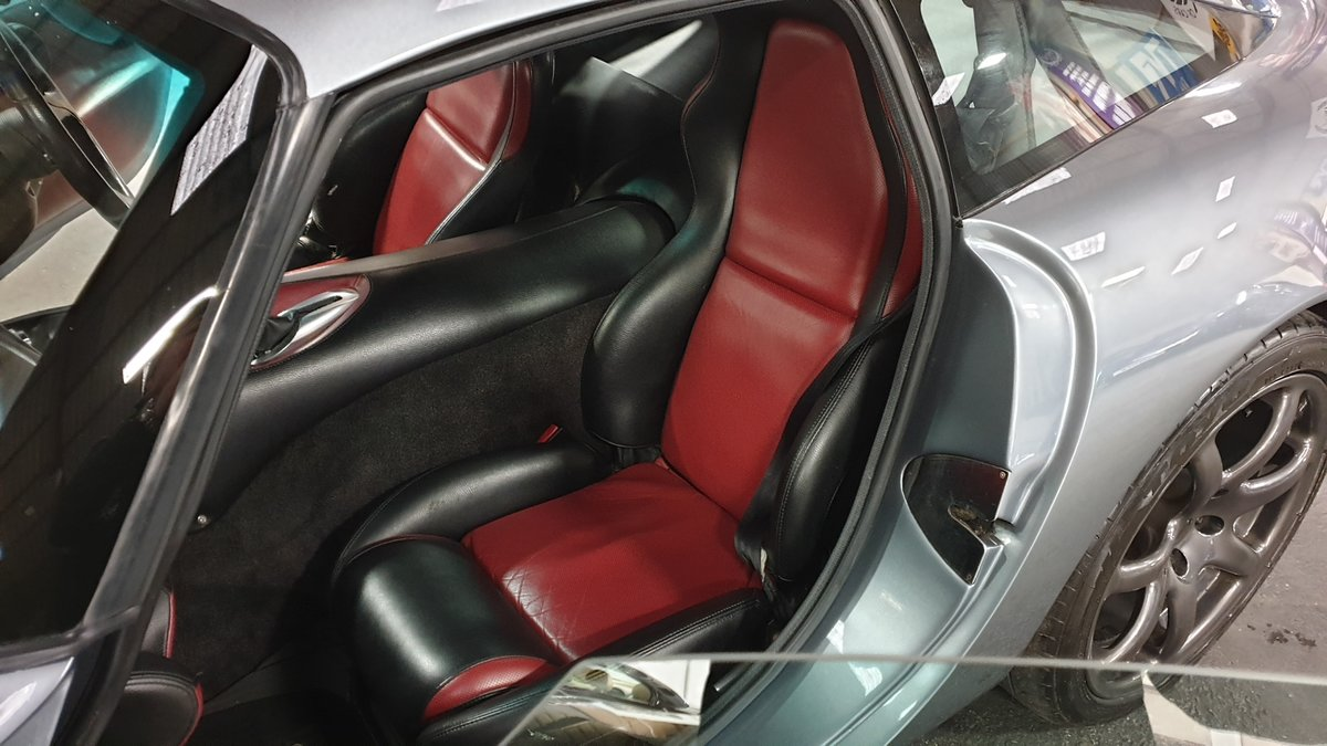 2003 Stunning TVR T350T Iced Titanium Powers engine 33700 miles For Sale (picture 9 of 12)