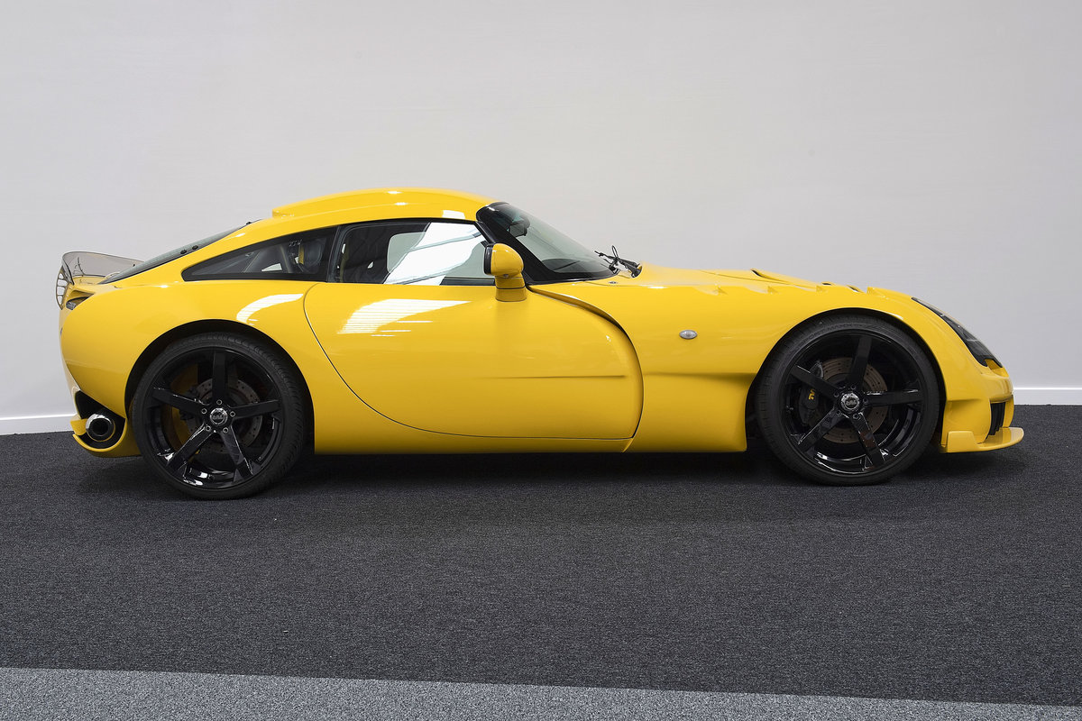 2005 Excellent example of a TVR Sagaris - new clutch SOLD (picture 1 of 11)