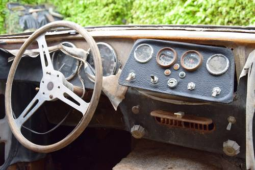 1963 TVR Grantura MkIII project. Perfect base for a racecar. SOLD (picture 4 of 6)