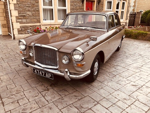 1966 Vanden Plas Princess 4 Ltr R Show Condition SOLD (picture 1 of 6)
