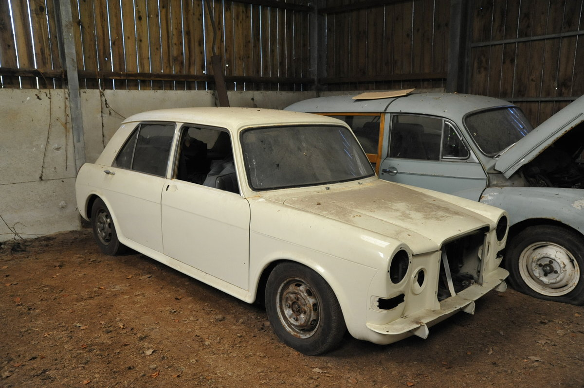 1968 Austin Vanden Plas Princess SOLD (picture 1 of 6)