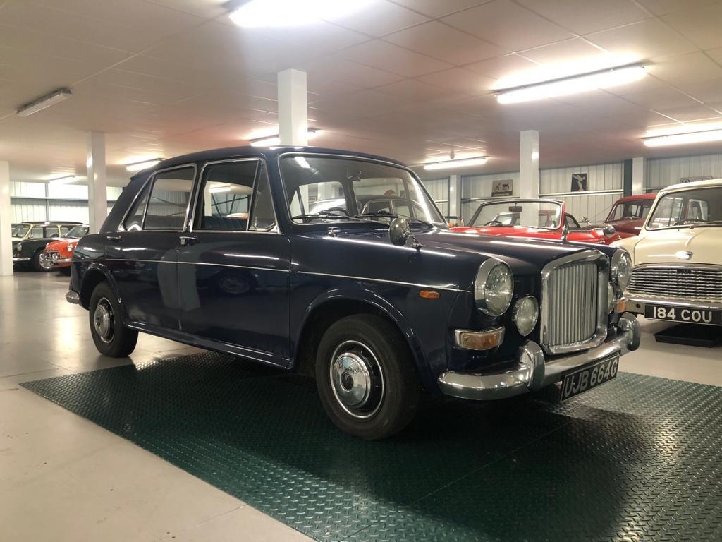 1969 Vanden Plas Princess 1300 Automatic SOLD (picture 3 of 6)