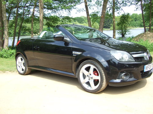 2006 Vauxhall Tigra Sport Twinport For Sale (picture 1 of 4)