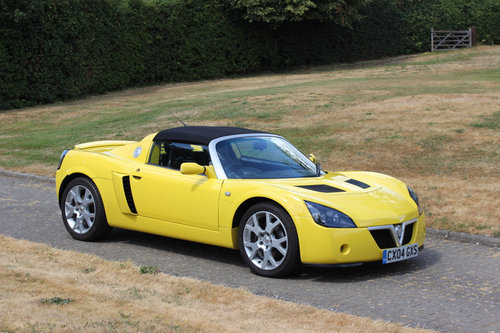 2004 VAUXHALL VX220 TURBO - 24,400 MILES - EXCEPTIONAL SOLD (picture 1 of 6)