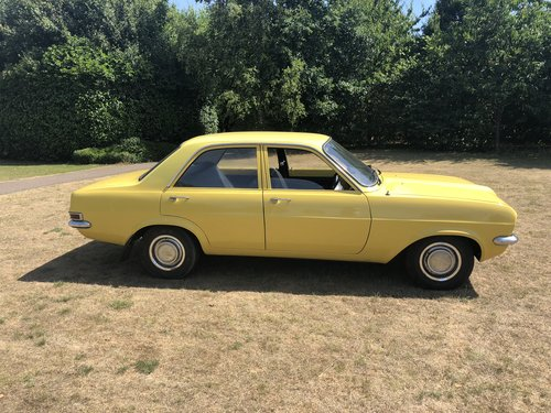 1976 Vauxhall Viva 4 dr saloon 'sleeper' 16v Redtop/5 speed For Sale (picture 2 of 6)