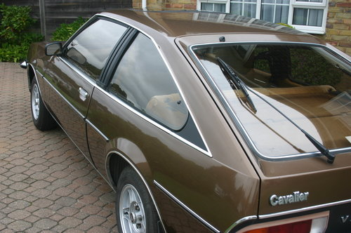 1981 Vauxhall cavalier 2.0 gls sports hatch SOLD (picture 2 of 6)