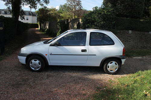 1997 A Unique Corsa 1.4i LS MkI Automatic With Just 10k Miles SOLD (picture 2 of 6)