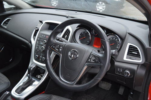 2016 Vauxhall Astra Gtc 2.0 CDTi SRi DIESEL AUTO COUPE For Sale (picture 4 of 6)