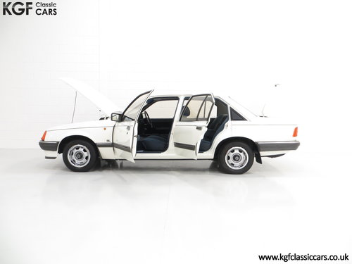 1986 A Surviving Vauxhall Carlton 2.2i GL (E2) with 14,851 Miles SOLD (picture 3 of 6)