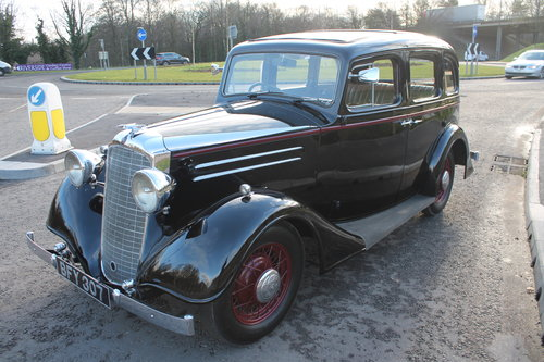 1935 Vauxhall Light 14/6 De Luxe Saloon With Sunroof SOLD (picture 2 of 6)
