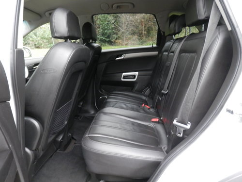Vauxhall Antara SE NAV CDTi 4x4 Auto.. Top Spec.. Low Miles SOLD (picture 4 of 6)