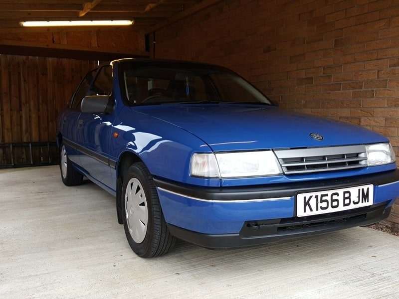 1992 Museum Quality 12900 MILES Vauxhall Cavalier For Sale (picture 3 of 6)