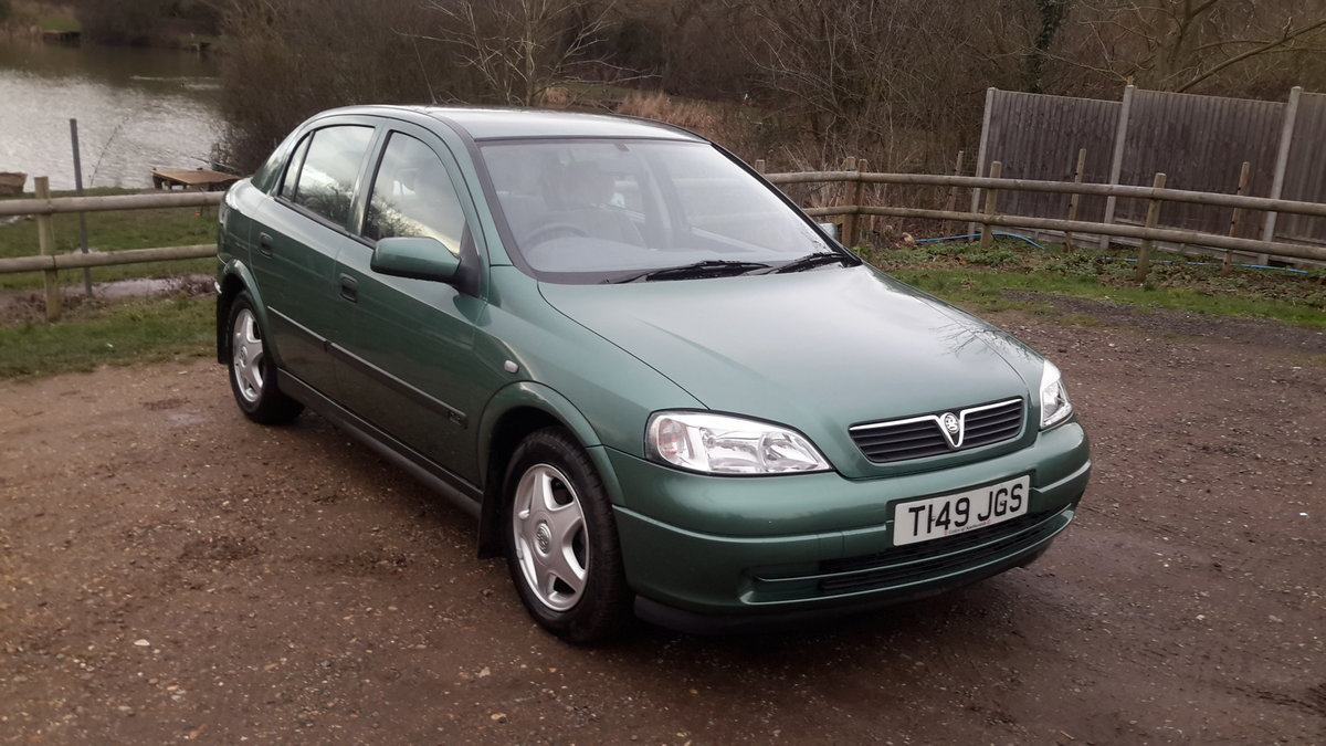 1999 Vauxhall astra 1.6 automatic 13000 miles one lady owner  SOLD (picture 2 of 6)