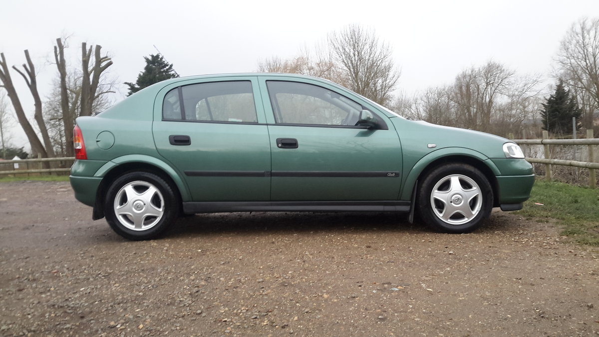 1999 Vauxhall astra 1.6 automatic 13000 miles one lady owner  SOLD (picture 4 of 6)