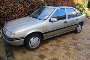 1990 Vauxhall Cavalier 1.8L Auto For Sale