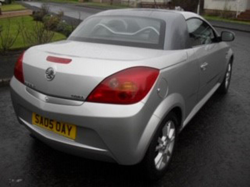2005 Vauxhall Tigra Sport For Sale by Auction 23rd Feb SOLD by Auction (picture 2 of 6)