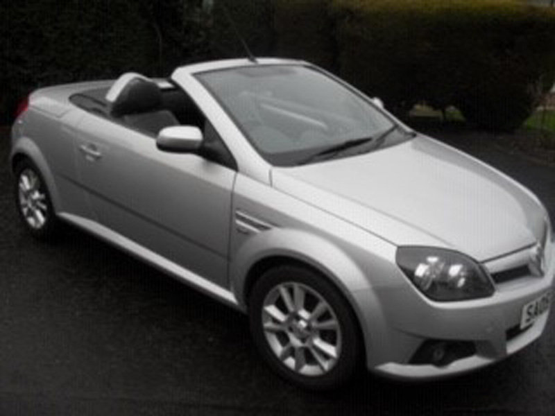 2005 Vauxhall Tigra Sport For Sale by Auction 23rd Feb SOLD by Auction (picture 4 of 6)