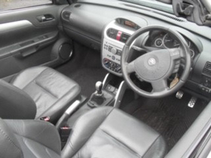 2005 Vauxhall Tigra Sport For Sale by Auction 23rd Feb SOLD by Auction (picture 5 of 6)