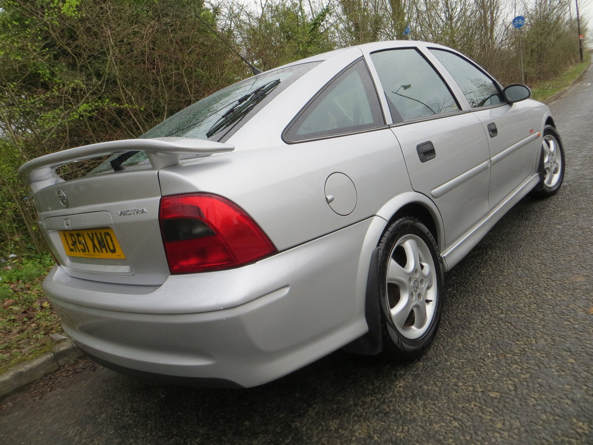 2001 Vauxhall Vectra SXI the only one for sale in the UK!!!!! SOLD (picture 5 of 6)