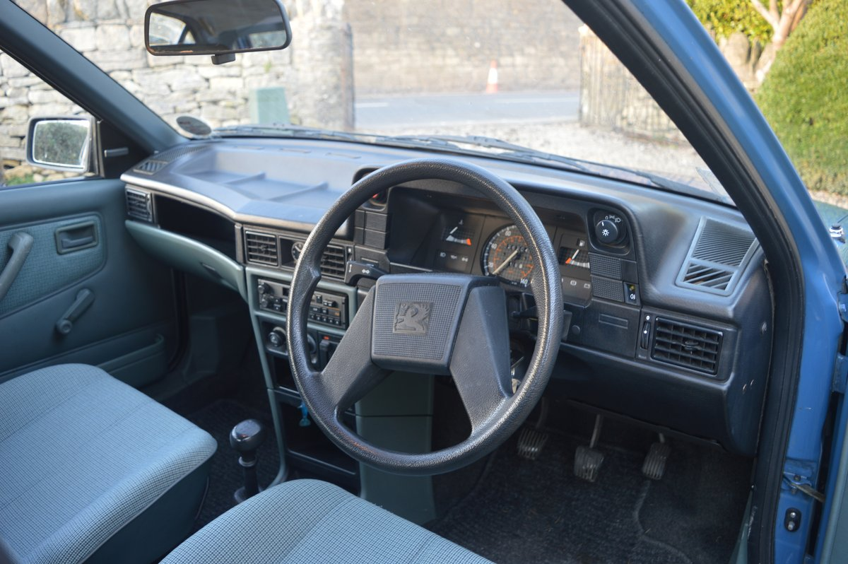 1988 Vauxhall Astra 1.2 SOLD (picture 5 of 6)