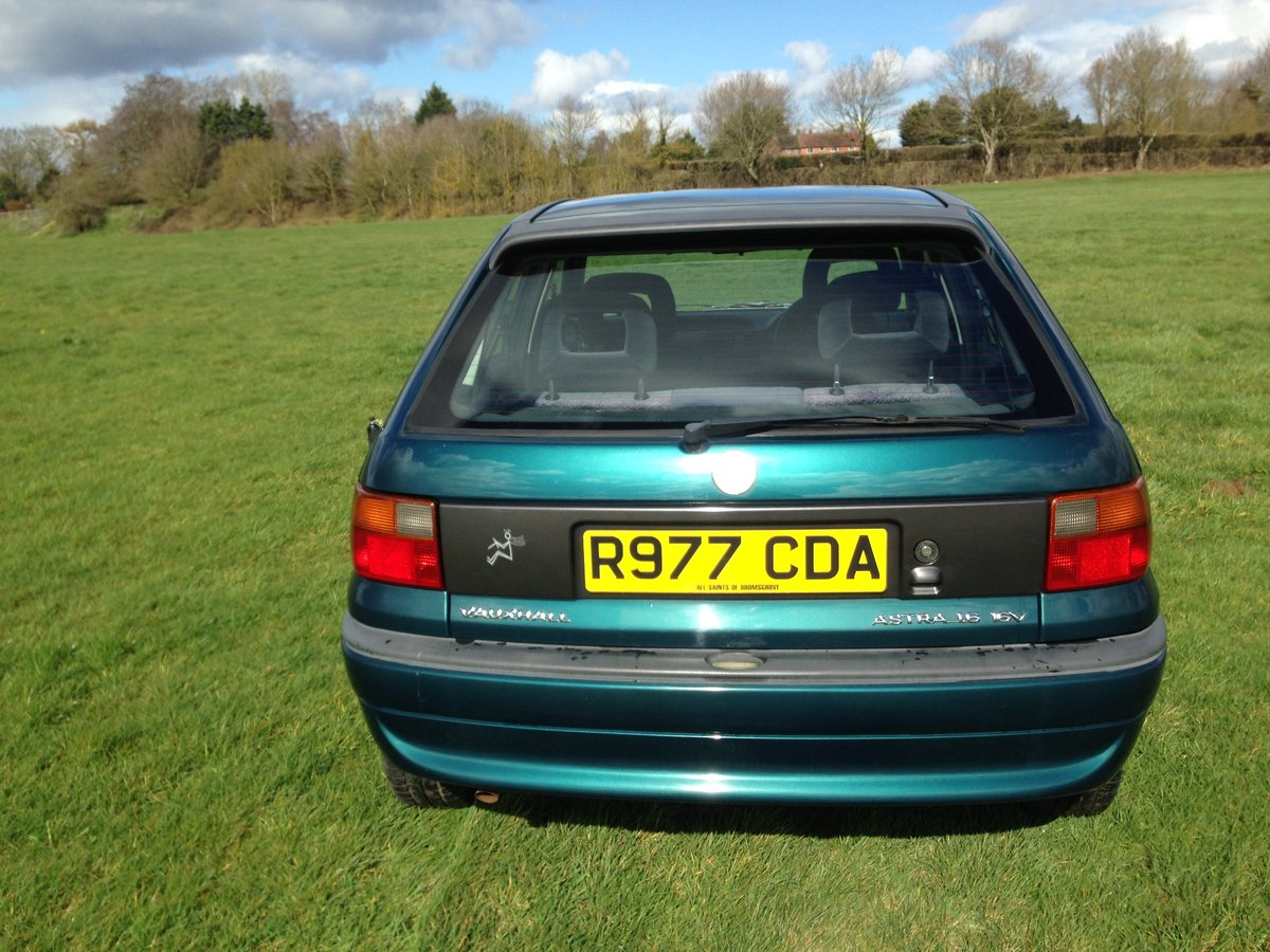 1997 Vauxhall Astra 1.6 16V Manual 17000 Miles From New For Sale (picture 6 of 6)