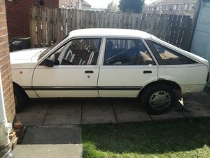 1986 Spares or restore! (complete car)  will split. For Sale