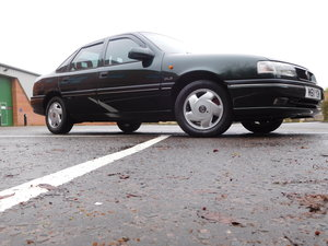 1995 42,500 mile Vauxhall Cavalier 2.0 16v GLS saloon For Sale