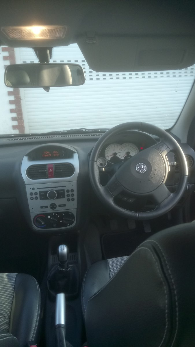 2006 Vauxhall corsa sxi plus twin port For Sale (picture 3 of 4)